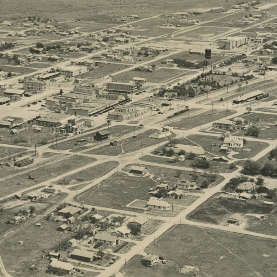 Aerial view of Iowa Park in 1938